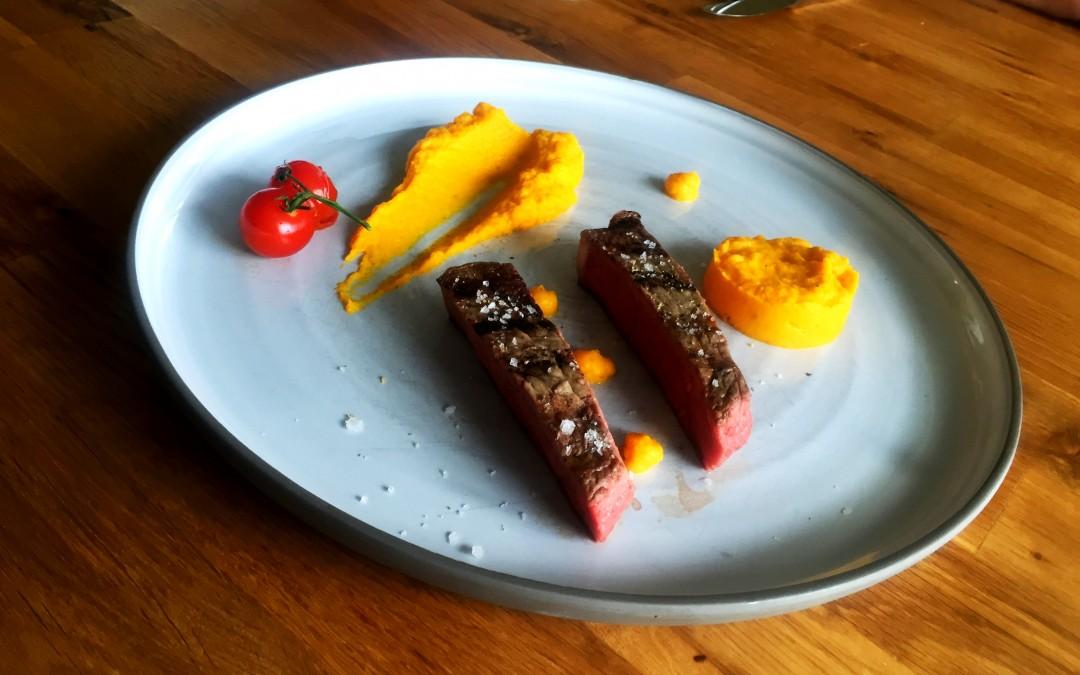 Dry Aged Beef mit Karottenpüree