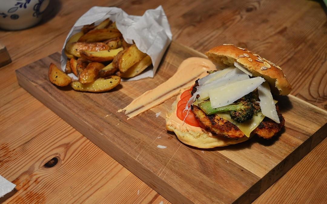 Veggie Burger mit selbst gemachten Buns